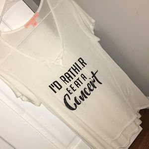 Cute shirt from Macy's. Size M✨